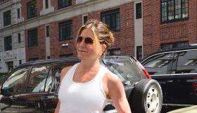 Jen Aniston NYC 06-15-16
