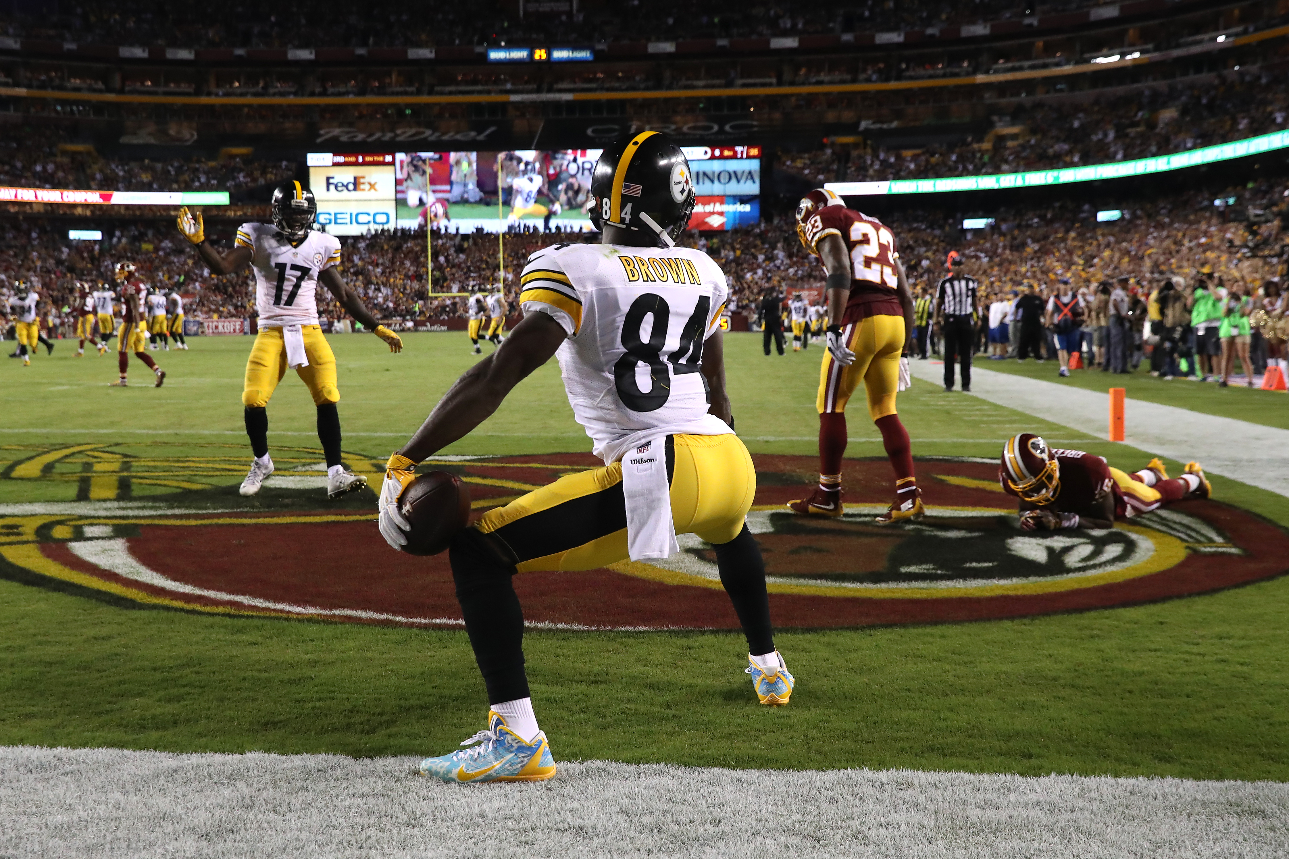 Pittsburgh Steelers v Washington Redskins