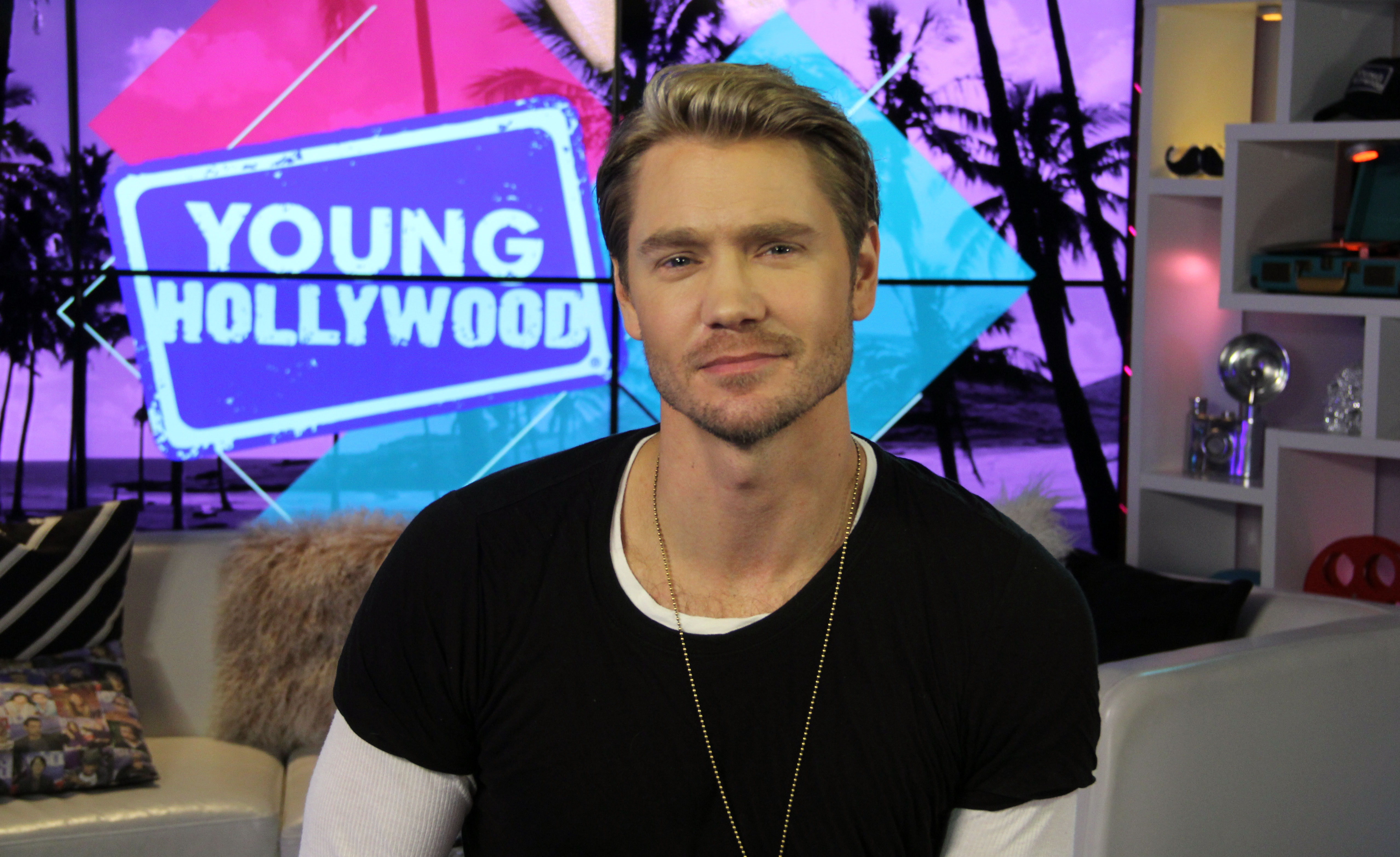 Chad Michael Murray Visits Young Hollywood Studio