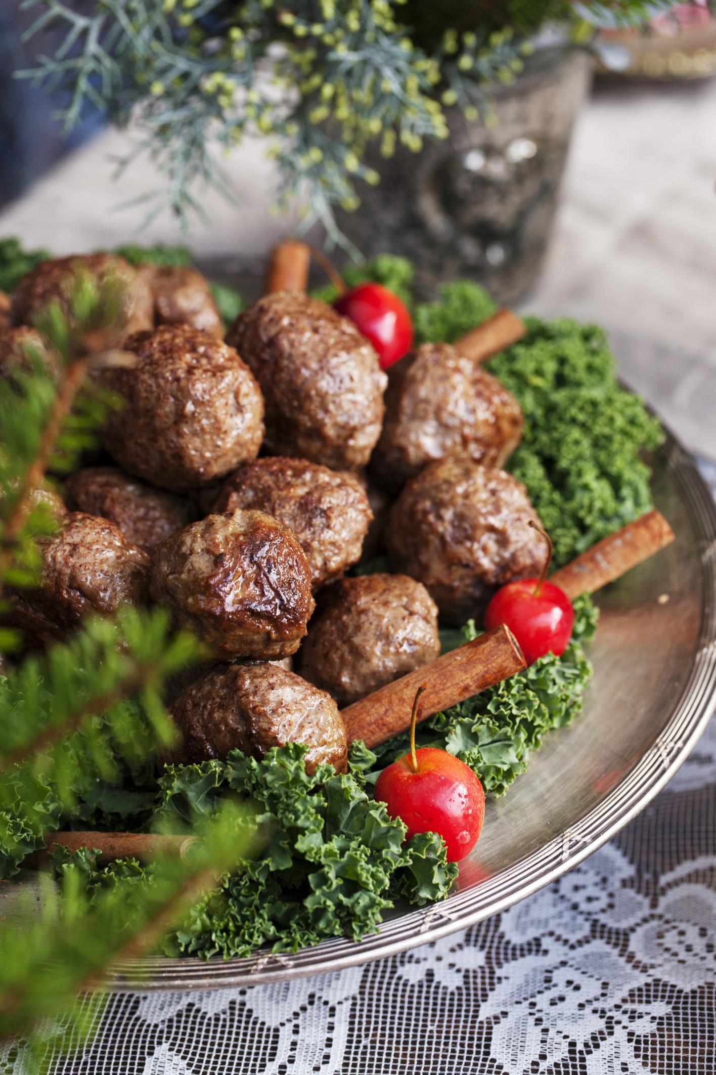 Meatballs, high angle view
